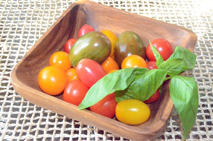 Heirloom Tomato, Basil, Mozzarella + Prosciutto Frittata | StyleChile-16