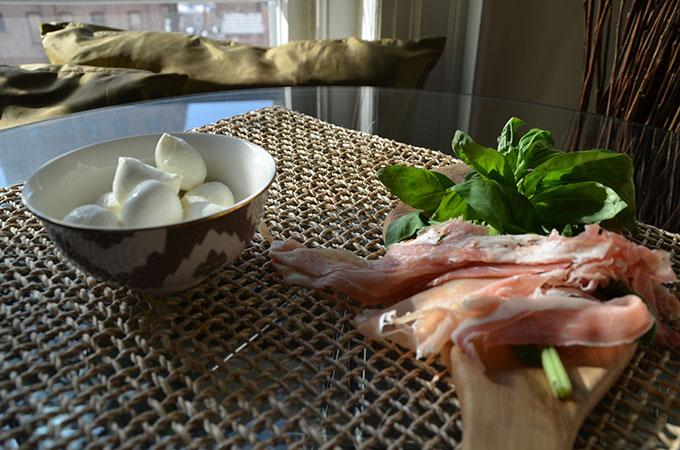 Heirloom Tomato, Basil, Mozzarella + Prosciutto Frittata | StyleChile-23