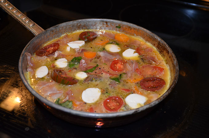 Heirloom Tomato, Basil, Mozzarella + Prosciutto Frittata | StyleChile-30