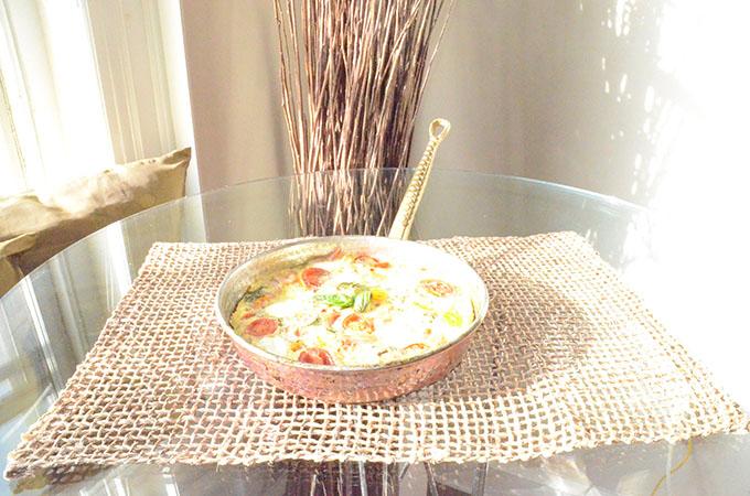 Heirloom Tomato, Basil, Mozzarella + Prosciutto Frittata | StyleChile-41