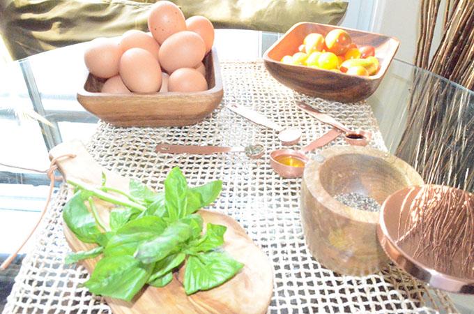 Heirloom Tomato, Basil, Mozzarella + Prosciutto Frittata | StyleChile-5