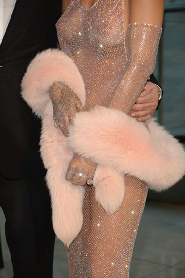 Rihanna-CFDA5a