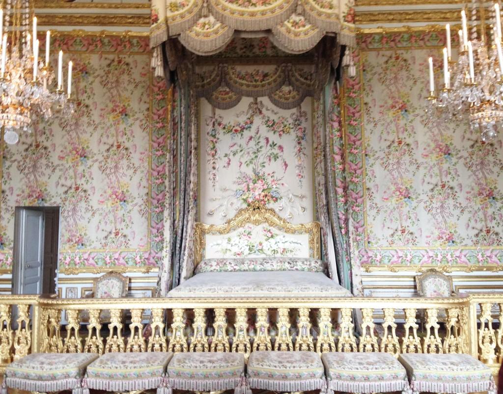 Versailles | Queen's Bedchamber | StyleChile