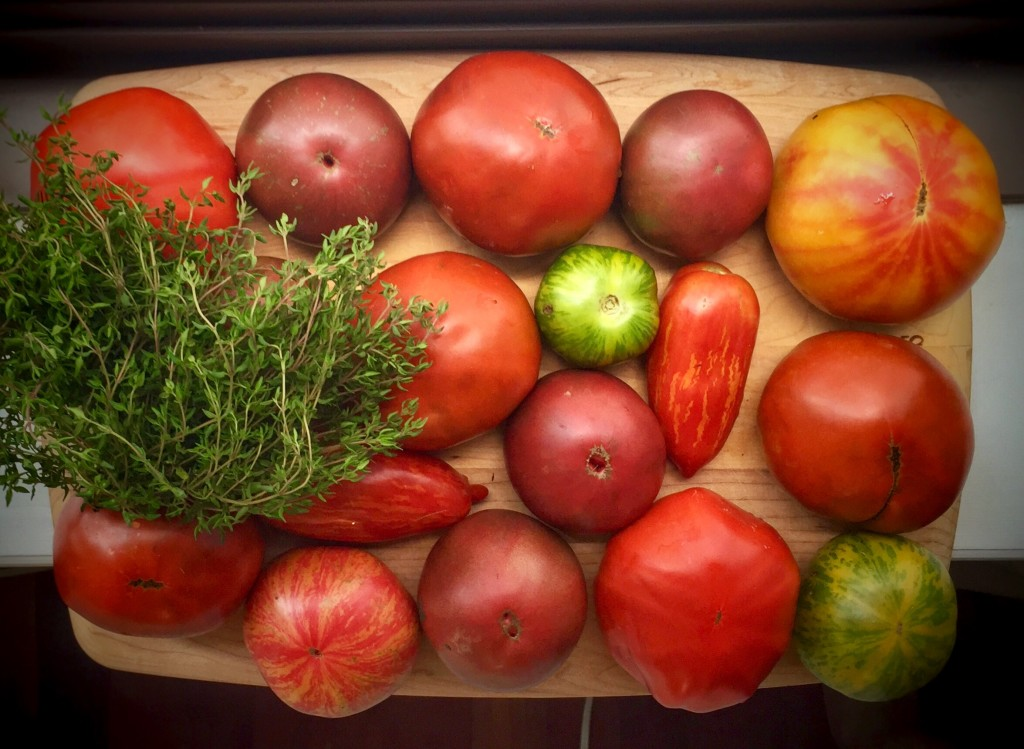 StyleChile | Heirloom Tomatoes + Thyme